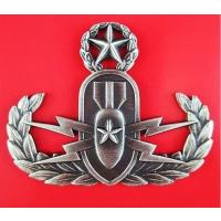 Explosive Ordnance Disposal ( EOD) master badge